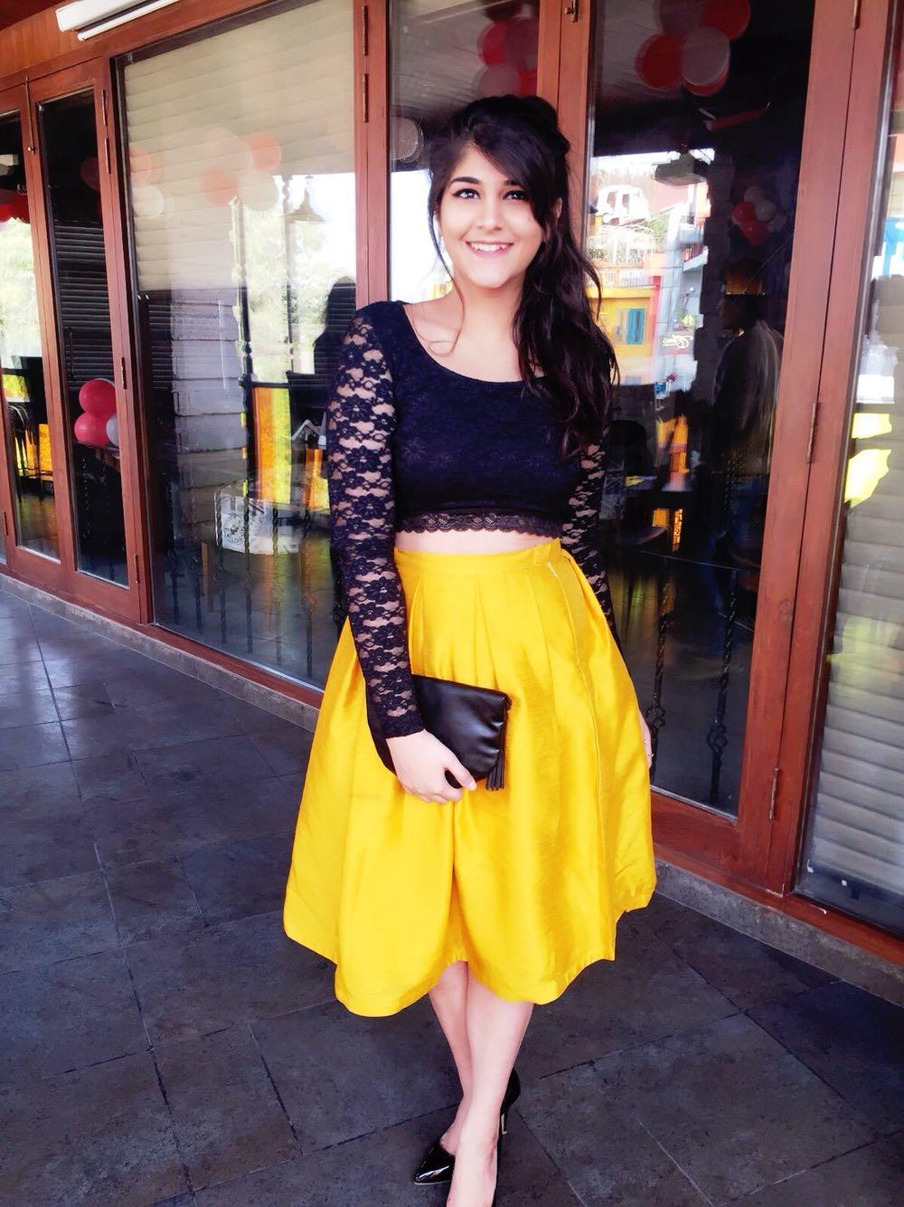 Faballey mustard solid skirt
