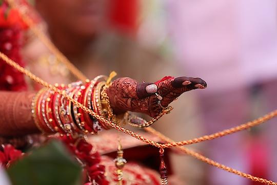Indian wedding   #indianbride #indianwear #indianweddings #indianfashion #indiangroom #indianwedding #indianjewellery #indianjewelery #wedding #weddingwear #weddingjewellery #weddingjewelery #weddingphoto #weddingphotography #weddingplanning #bridalwear #bridal #bridaldiaries #bridaljewellery #bridaljewelery #lehenga #lehengas #lehengacholi #blouse #blousestyle