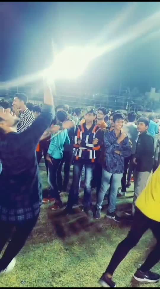 #garba  #garbadance #garbanight #garbalover #garbaking #roposo #roposostar #roposobeauty #roposolove #roposo-style #roposo-beats #tiktok #vmateindia #instagram #instagood #live #love