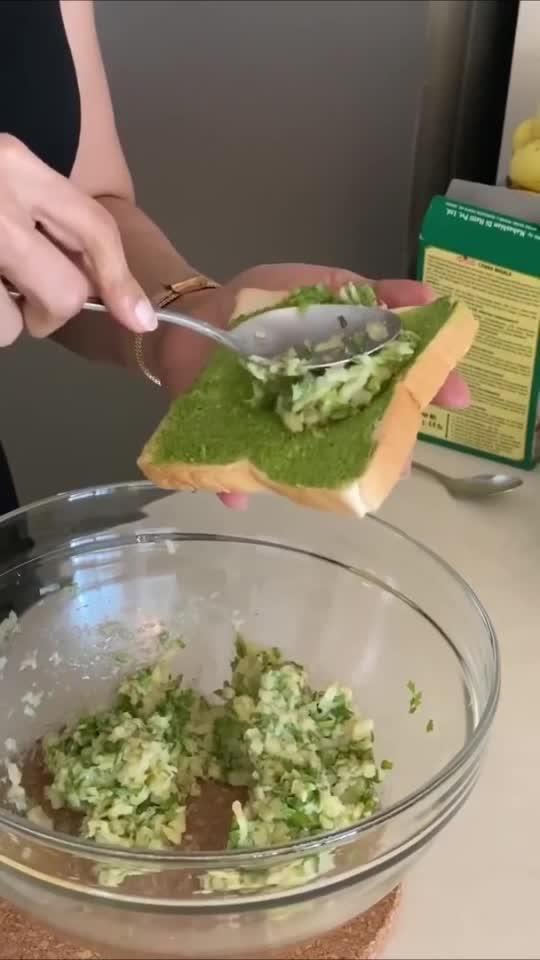 No fry breqd pakoda #healthyfood #chefmeghna #nofry #breadpakoda #yum #hungrytv #recipe