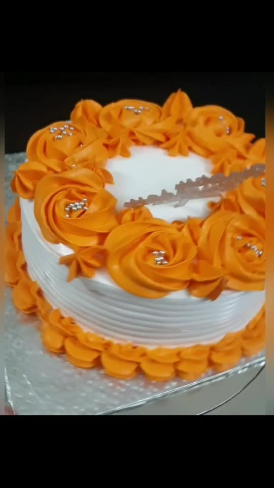dm on my instagram @curly_queen_official to order cake in coimbatore! #cake #cakelove #cakedesign #cakedecoration #cake_love # pastry #pastrylove #bake #baking