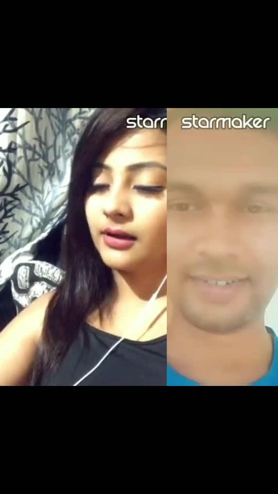 fabulous singer. nakhara hai tikhi talwar varga...