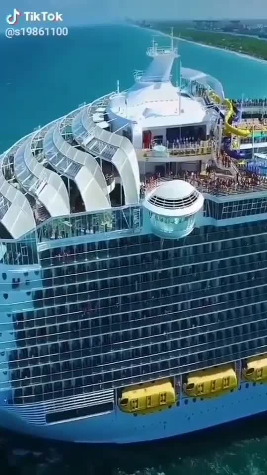 #ship #titanicthemesong #roposostar #funnyvideo #entertainment #tiktok-roposo #comedyvideo #funn #pawankalyanfans #maheshbabufans
