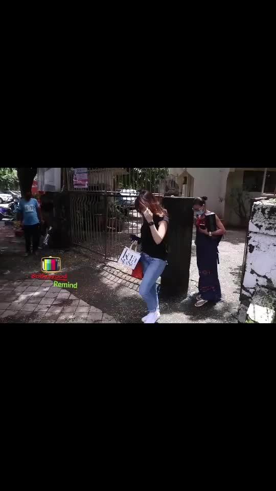 #bollywood  #status  #lovestatus  #emotionalstatus  #sadstatus  #foryou  #trading  #bollywoodupdate #tradingnowroposo  #bollywoodsuperstar  #bollywoodvideos