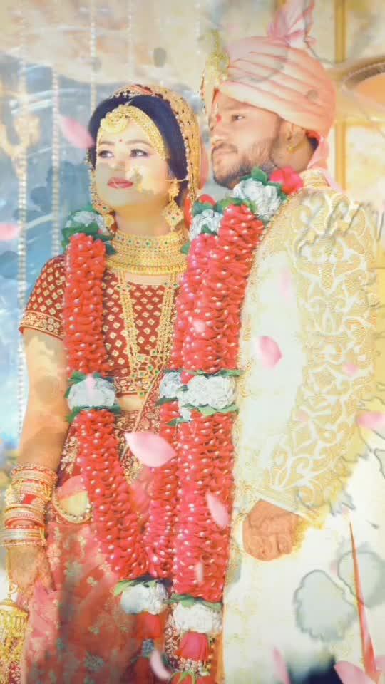 #somnil #newlymarriedcouple #bride #groom #shaadi  #beautifulcouple