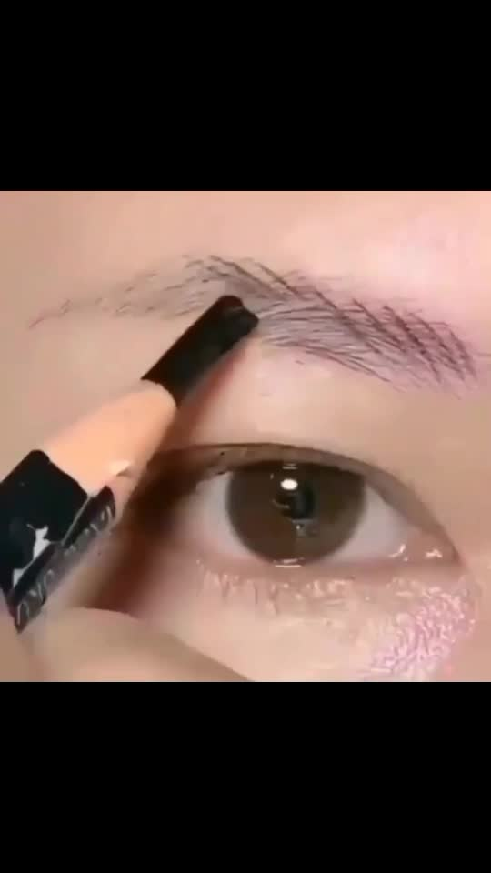 Are you unsatisfied with your eyebro? Now no any more. #trendingvideo #eyebrows #eyebrowgoals #eyebrowchallenge #fashion #makeupartist #makeupproducts #beautyproudcts #cosmeticwholesaler #yourpage #sushantsinghrajput #boycottchinaproduct #roposo #roposostar #makeupforever #makeuplook #nails2inspire #eyelashes #glossylips #lipsing #lipsticklove