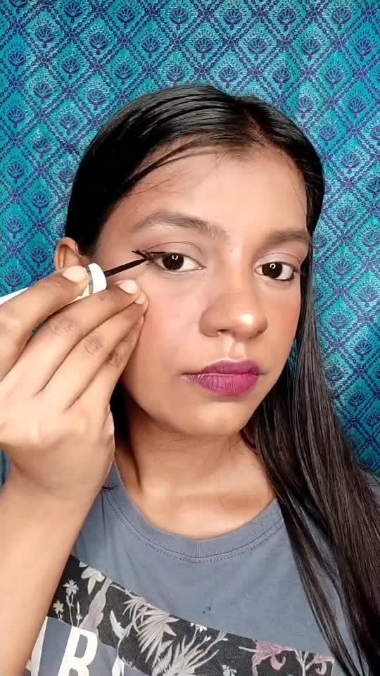 graphic eyeliner tutorial for beginners