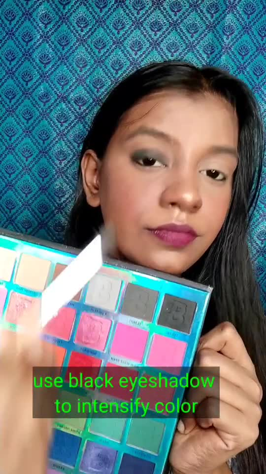 Rock The Party with easy makeup look