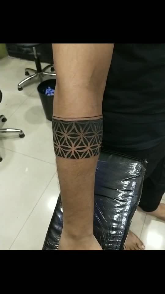 geometric band tattoo design  #geometricbandtattoo #bandtattoo #ringtattoodesign #crazyinktattoo #permanenttattoo #temporarytattoo