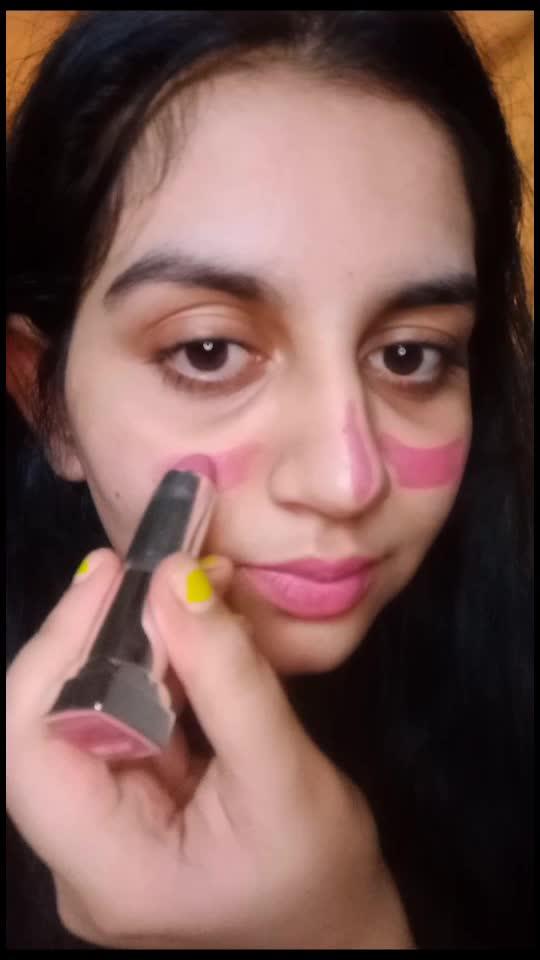 Look glowing with this blush trick #makeuptutorial #makeuptricks #blushpalette #blushing #kurtapajamakalakala #feelgoodlookgood #feelgoodlookgoodchannel #lookbeautiful #makeuplook
