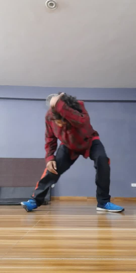 Just Freestyle ..... #roposostar #roposo-beatschannel #beatschannel #danceindia #dancerslife #right_now #moveyourbody