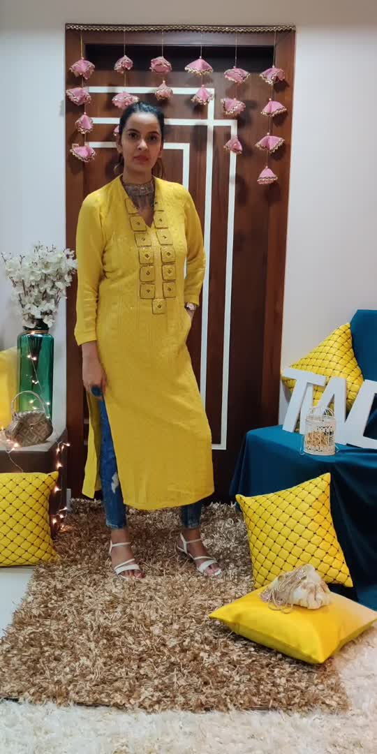 giving the Indian outfit a western twist  #styleblogger #stylistafashionss #reposo-star