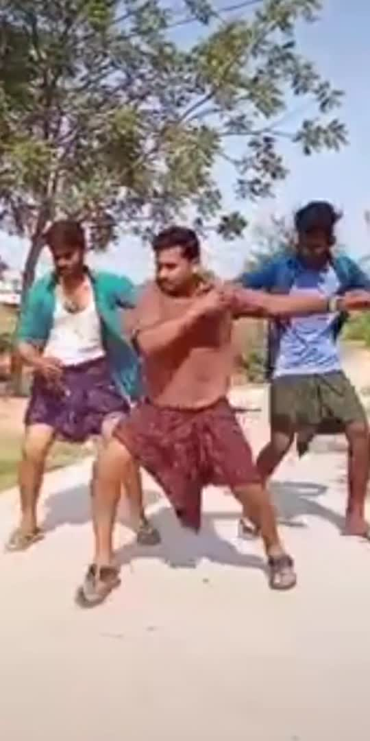 #రాజమండ్రి రంభ నీ సోకులన్ని#masssong #groupdance #foryou #foryoupage #roposo-beats #saleemkumarcomedy #ravibabudance