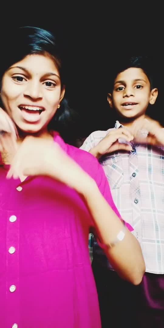 तुझा फोन मला आल्यावर 😘🥰🥰💞🥰🥰🥰 #marathimulgi #marathilovesongs #love-status-roposo-beats #supportme