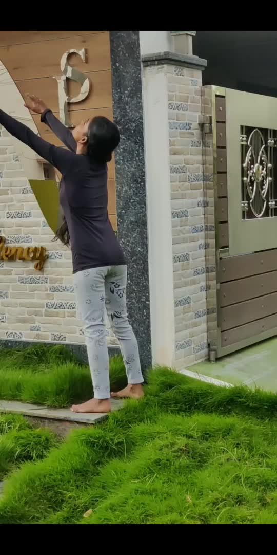 #yogachallenge #yoga #frontflip #backbend #flexible #yogainspiration #yogaday #motivation #yogaeveryday #roposostar #yogateacher #yogagirl #yogaeverywhere