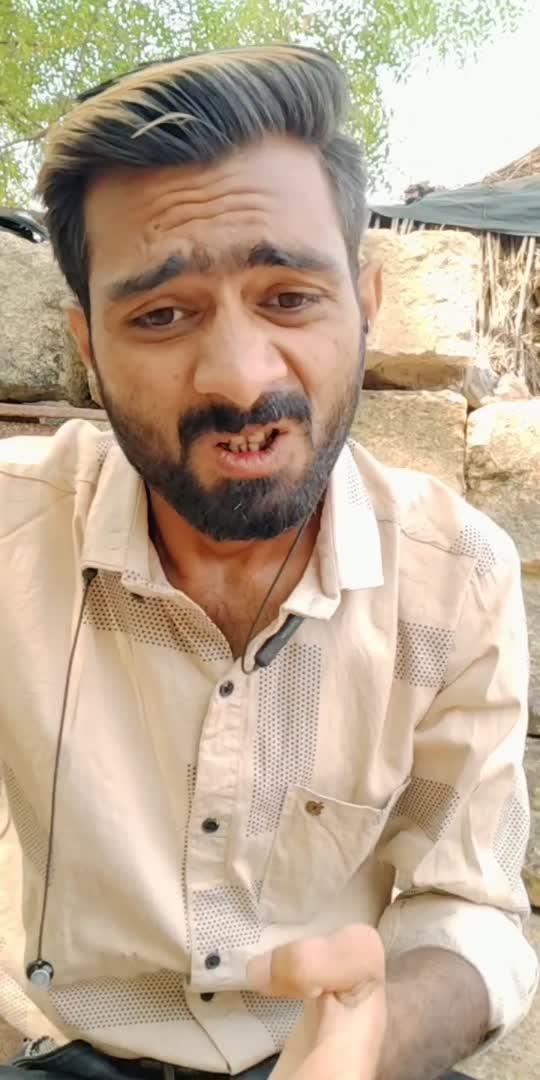 યહાં ઝહેર ખાનેકા પૈસા નહી હૈ #gujjujayfilms #funny #viral #comedy #comedyvideo #comedyclip #funnyvideo #funnypost #funny_status #trending #trendingvideo #viralvideo