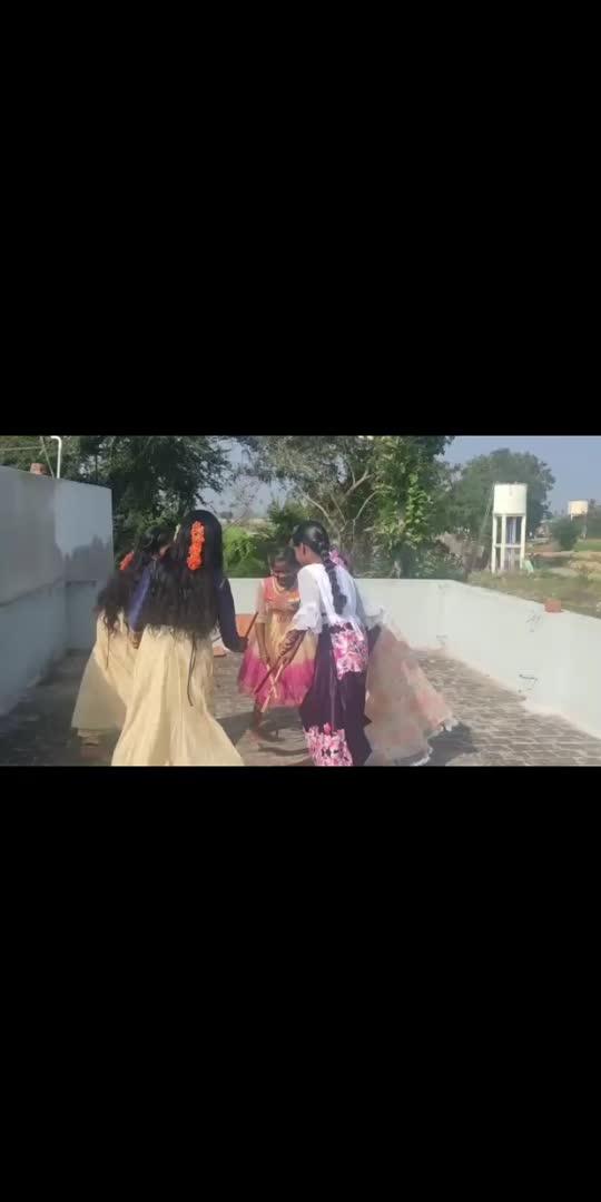#cutedancing #villagestunts #villagesvibes #dancelife #hemamalini