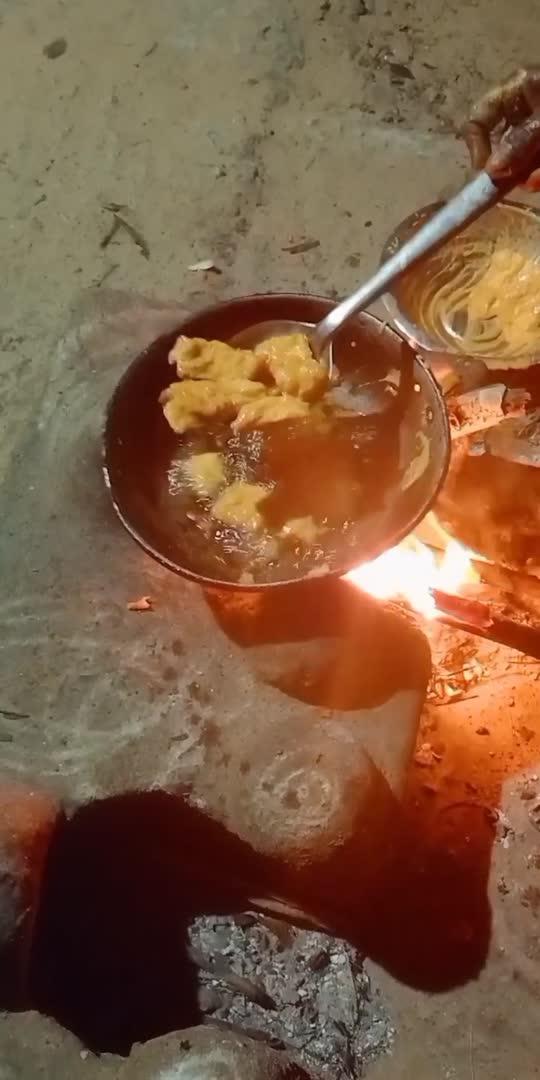 village vazhakkai bajji  #village #cooking #bajji #bajjibonda #vilagelife #vazhkai
