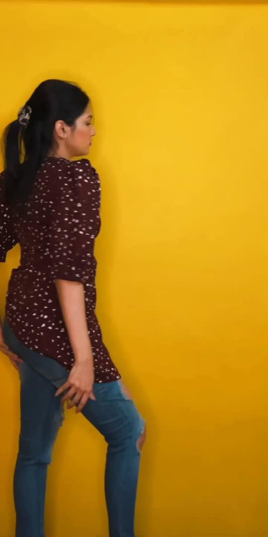 going bold and stylish with #AajKalKaFashion