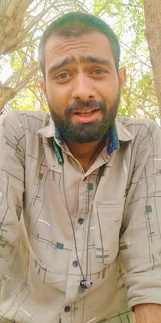 સાહેબ કેટલું ધ્યાન રાખે છે 😜 😜 #kathiyawadi_chako #comedy #funny #trending #viral #viralvideo #gujjukisena #gujjukigang #gujjucomedy #gujjujokes #gujjujalso #gujjujalwa