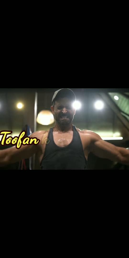 Hrithik roshan Workout. Chak lein de  #hrithikdancing #hrithikfans #happydays  #motivationalvideo #motivatinalvideo #motivationalspeaker #motivationalquotes #motivation