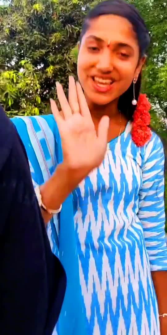 #movie nuvve na Janata#lahari #foryoupage #roposostar #roposo_india