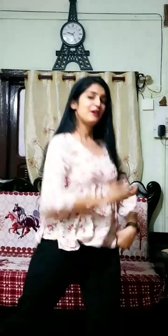 Kanhaiya kisi gopi se mile!😋 #20yrsoflagaan #dance #madhubanmainjokanhiya