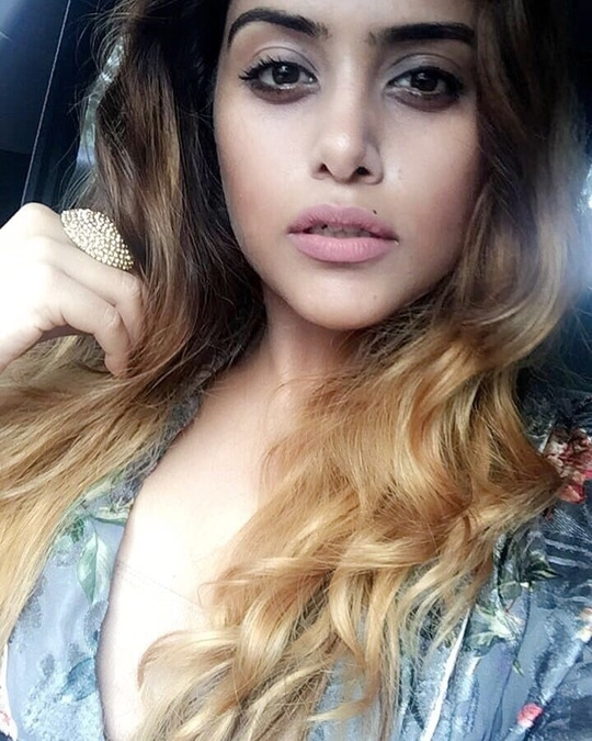 #snapchat : naazarora1  #naazarora #fashionblogger