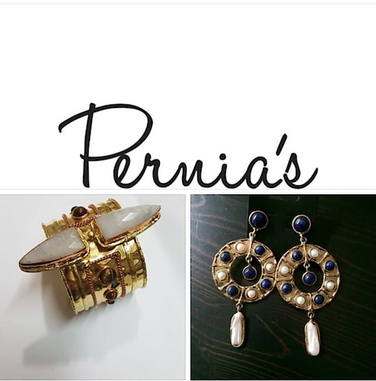 International on line shopping available for Mona Shroff Jewellery from Pernia's website. Happy shopping ! #monashroffjewellery #monashroff #perniaspopupshop #pernia #onlineshopping #international #delivery @shroffmons