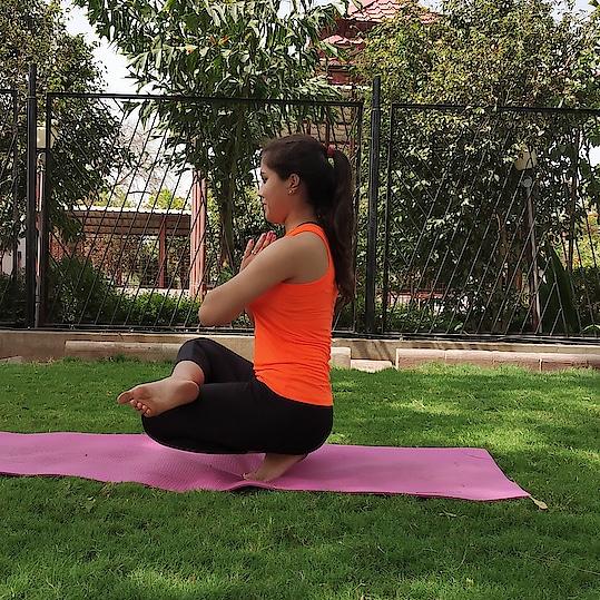 Padangusthasana or toe stand 😊  #yogalife #yogasession #yogainnature #yogini #yogaworld #yogaeverywhere #yogqeverydamnday #yogastudent #yogastudent #yogawithin #yogaworld #yogaaddict #yogapractice #yogapassion #yogaspirit #yogacommunity #iyogacenter #iyogacommunity #yogafitnesslove #yogagoals #yogafitnesslove #yogainspiration #yogalover  #yogamyway #yogamylife #mysoreyogatraditions #mysoreyoga  #ashtangayogalovers #fitnesschallenge  #fitnessmotivation  #fitgirl  #yogagirl