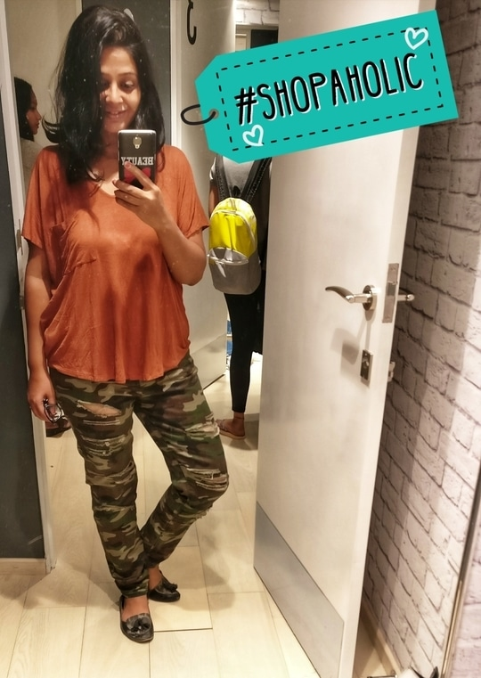 Went little crazy! checked newly opened  #forever21 store in #ahmedabad last week. #forever21india #camouflage #rippedjeans #rippeddenim #camoprint #comfy #shopping #shopaholic #trialroompic #selfie #mirrorselfie #comfyclothes #comfylook #be-fashionable #carrying #ropo-style #shopaholic